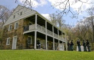 Old Stone House Hosting Christmas Open House