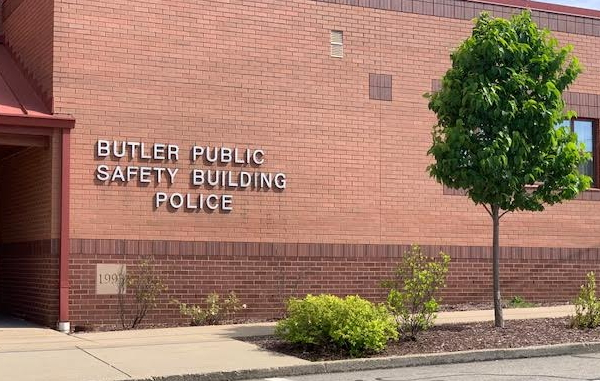 Butler City Donates Emergency Equipment To Lick Hill VFD